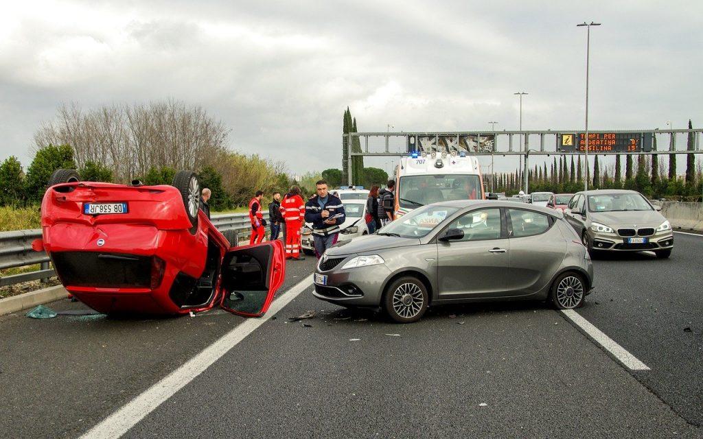 car accident, clash, rome